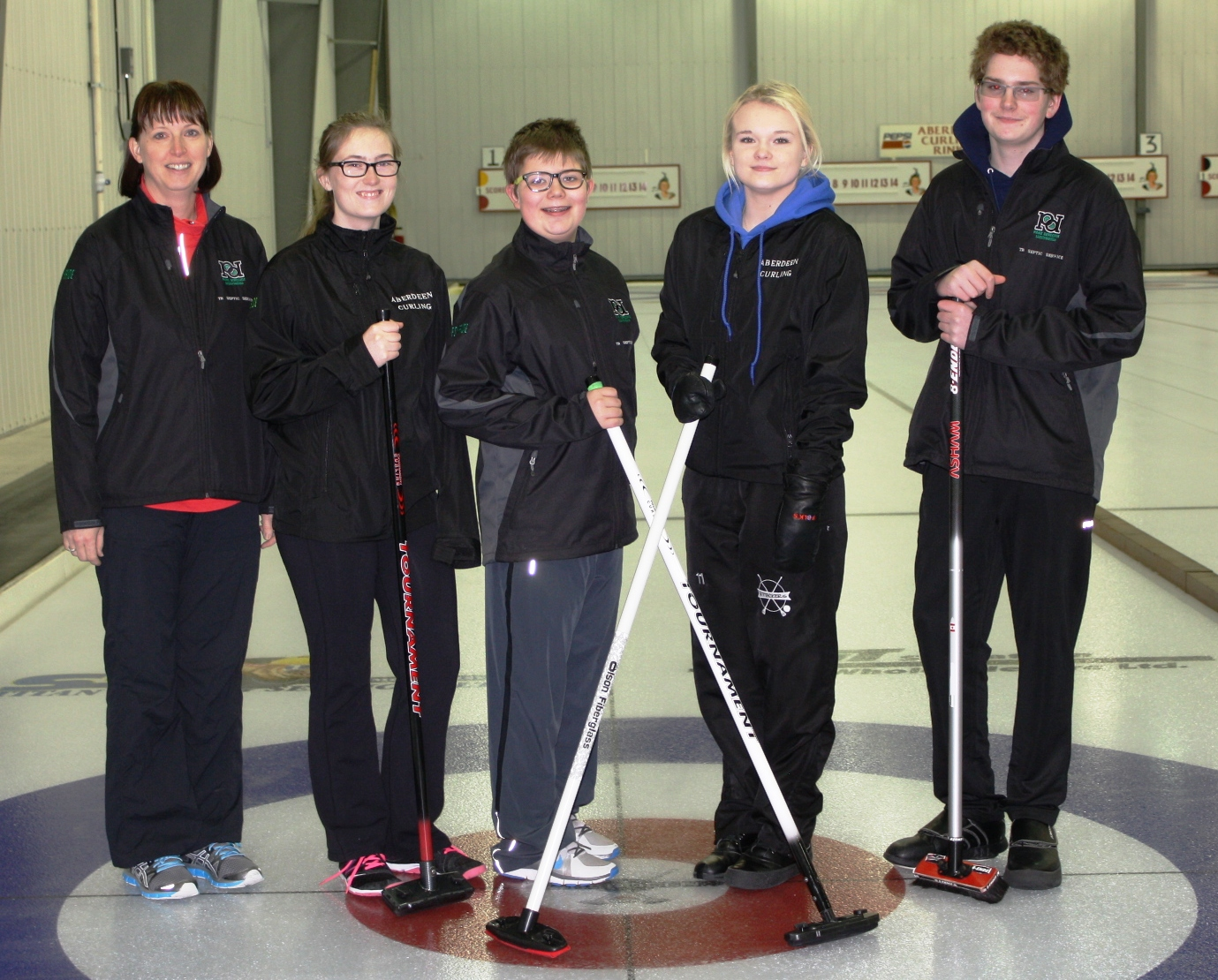 Aberdeen Sr. Mixed Team Thank-you to Park Derochie Coatings Ltd. and TB Septic Services for supporting our jacket purchase!